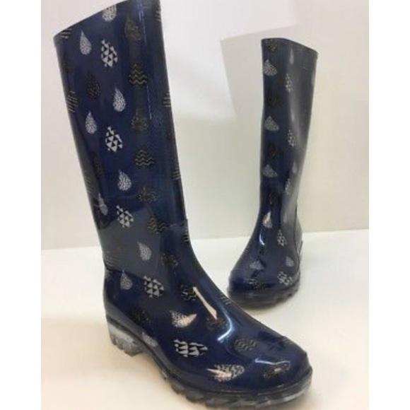 d8300bfe0b8 New Toms Printed Cabrilla Rain Boot Blue Raindrop.  M 5a6d73d9739d48ffd4c329fe